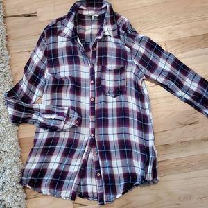 Buckle BKE plaid button up tunic medium